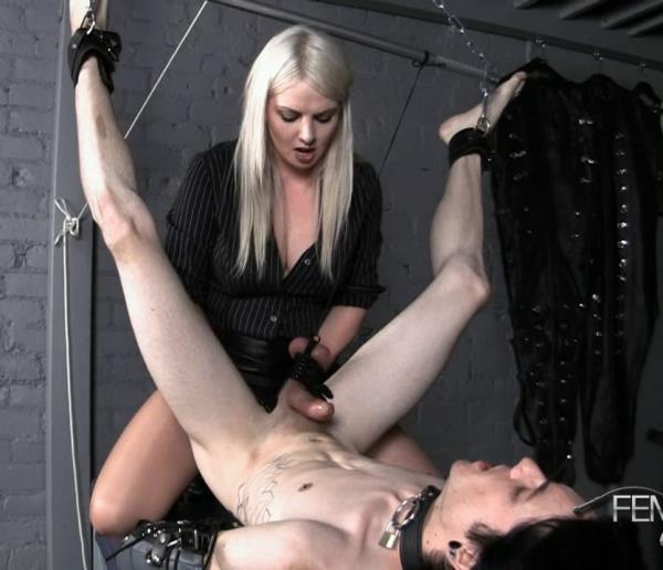 Lexi - Extensive Slave (HD)