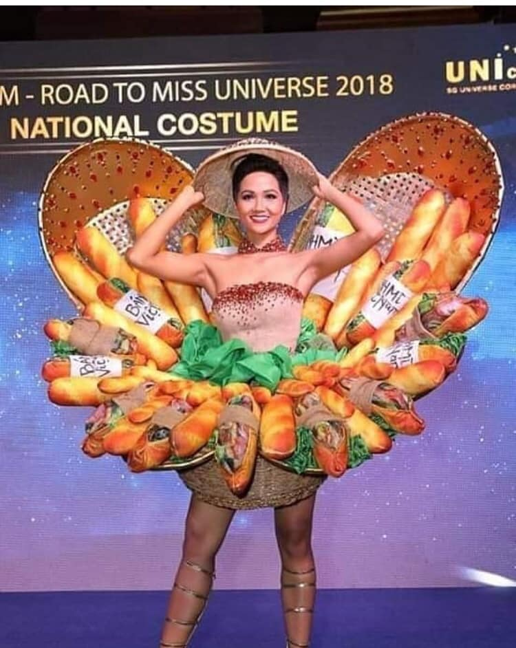 trajes tipicos de candidatas a miss universe 2018. - Página 2 9lutqcg8