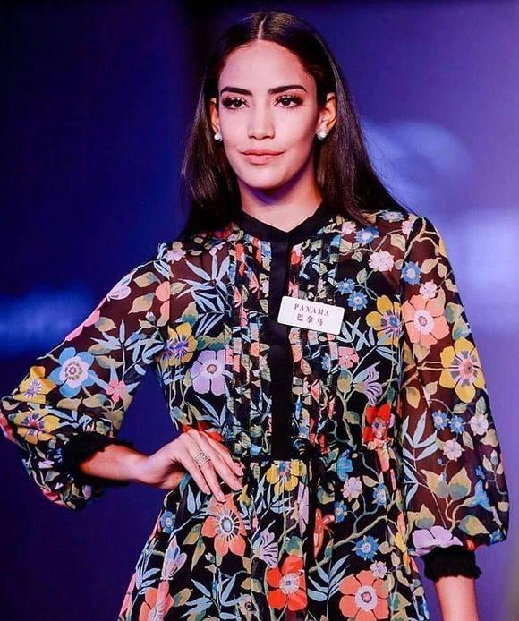 miss world 2018: fast track top model. vencedora: miss france. - Página 3 Qgo6944p