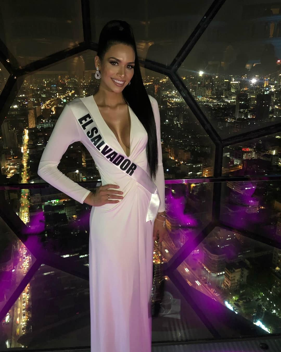 welcome dinner de candidatas a miss universe 2018. - Página 8 72dxc34k