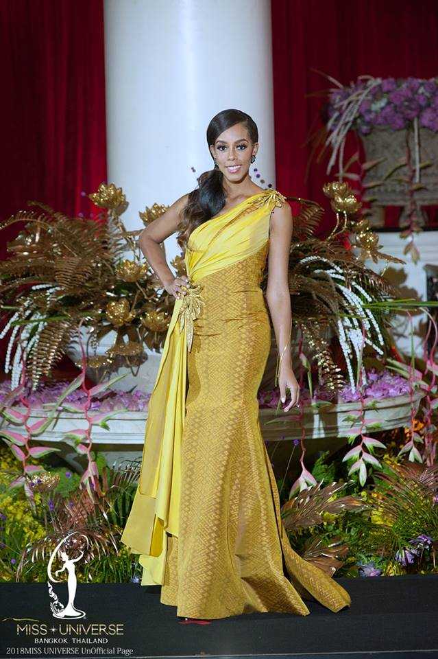 thai night gala dinner de candidatas a miss universe 2018. 46tb94ah
