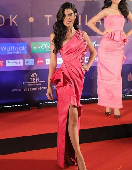 thai night gala dinner de candidatas a miss universe 2018. - Página 9 Qbjk5f9q