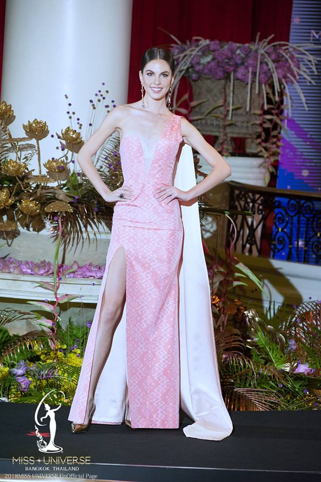 thai night gala dinner de candidatas a miss universe 2018. - Página 2 Uh5aqsu6