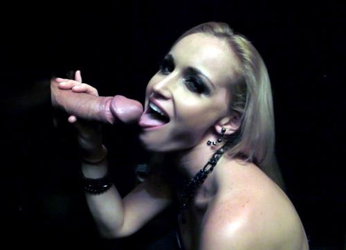 Kathia Nobili - I'm hungry for that cock! Quick party blow job!!! (FullHD)