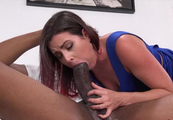 Helena Price, Dredd - Soccer Mom Helena turns into a BBC Anal gape freak (SD)