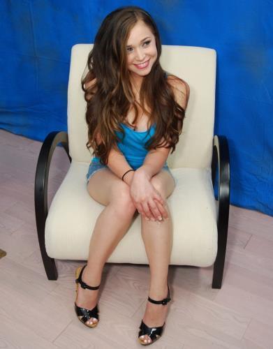 Tiffany Star - Massage (SD)