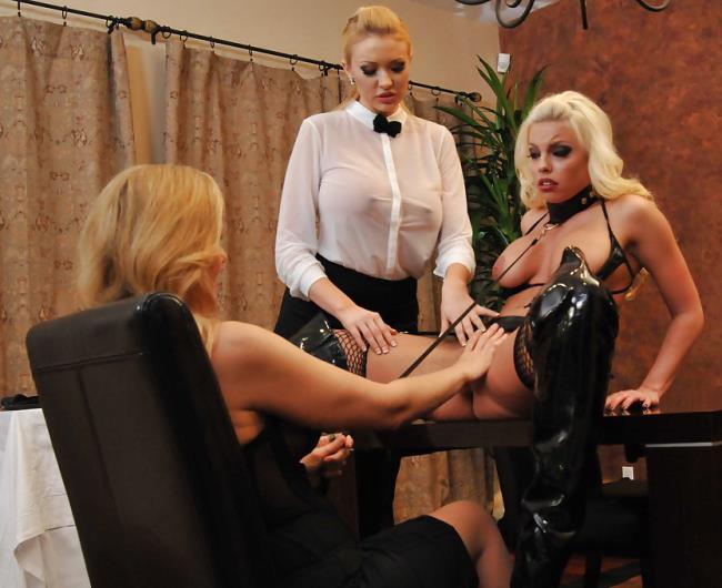 Britney Amber, Julia Ann, Summer Brielle-Pussy Feast [SD 432p] HotAndMean.com/Brazzers.com [2018/338 MB]