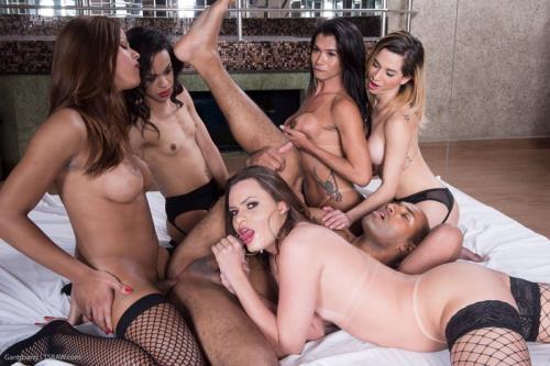 Yasmin Fonthys, Valeria Pacheco, Natalia Castro, Lara Machado, Chrystal - Bareback Gangbang Orgy (TsRaw.com/1.47 GB)