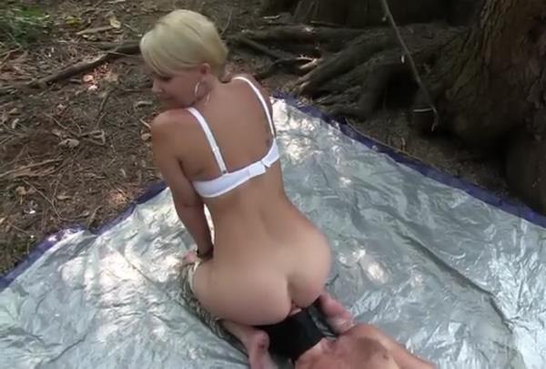 Kandy - Kandys Forest Toilet (SD)