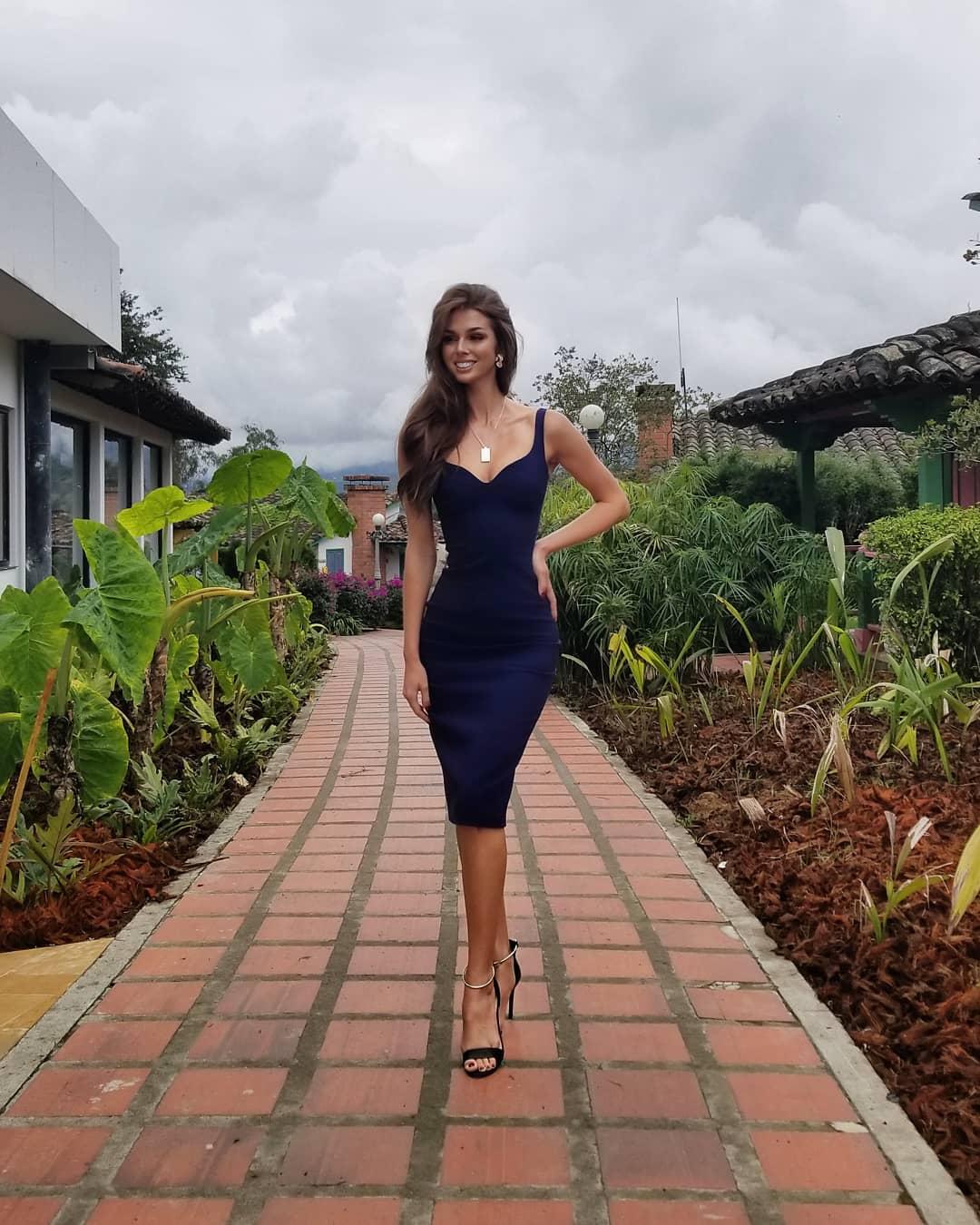 miss universe canada 2018, top 10 de mu 2018, esta em colombia. Vebagoew